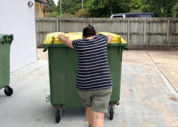 Pushing heavy Rubbish Bin
